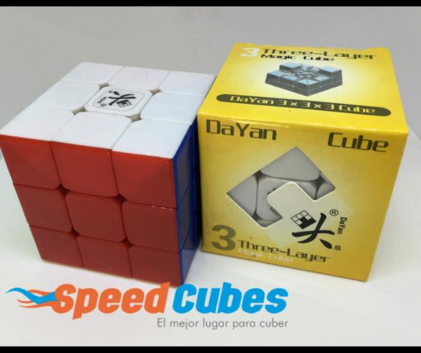Cubo Rubik 3x3 Dayan Guhong Colored