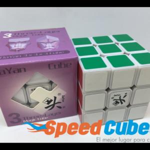 Cubo Rubik 3x3 Dayan Zhanchi Base Blanca
